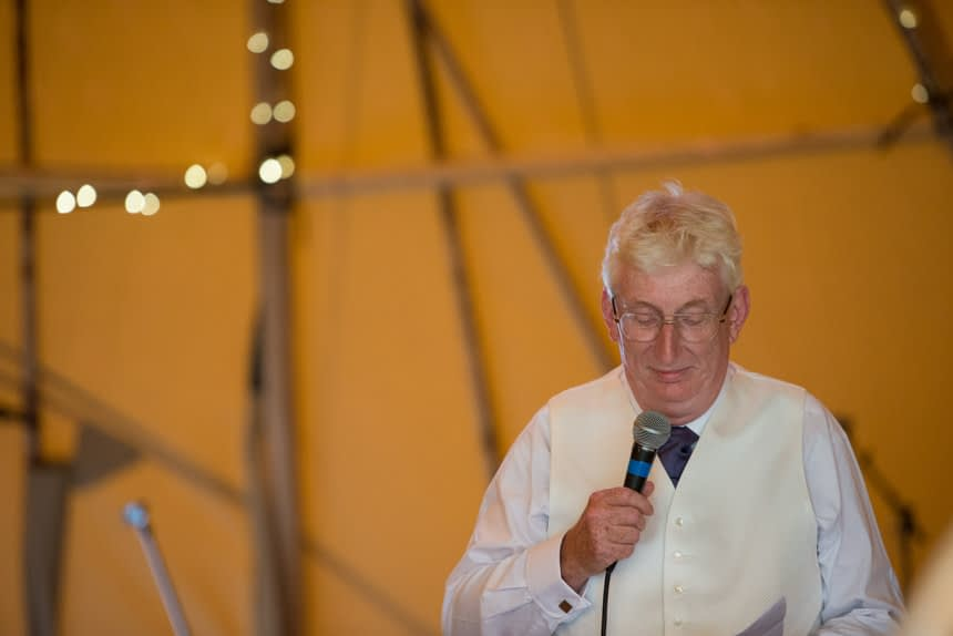 bride's father giving speech