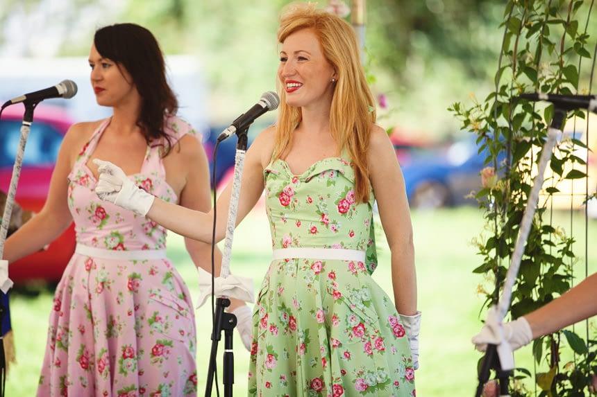 20's girl group singing